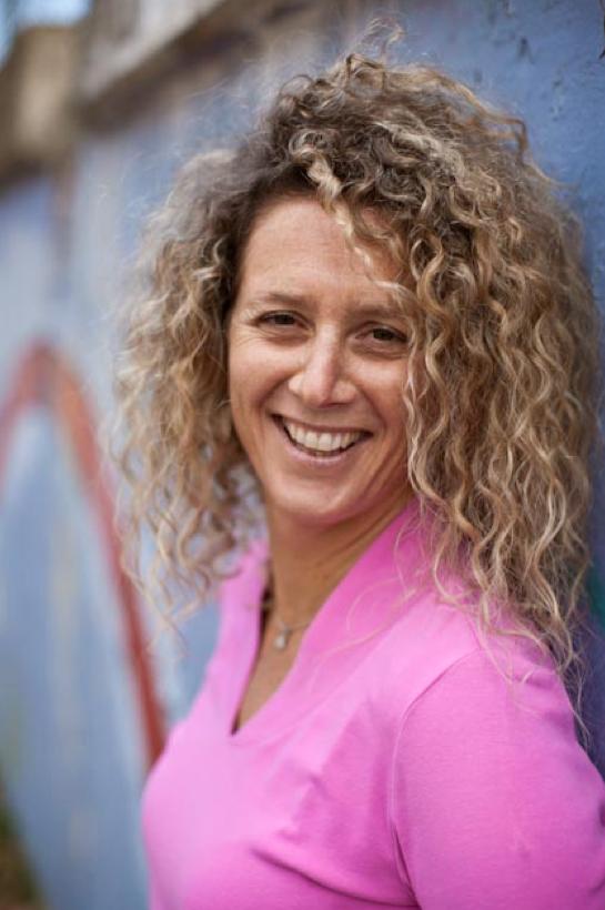 2016 Helen Knight